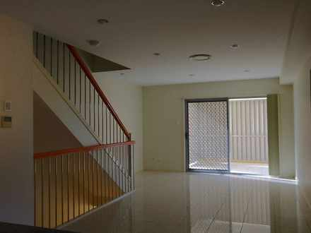 2 11 Pembroke Street, Carina 4152, QLD Apartment Photo