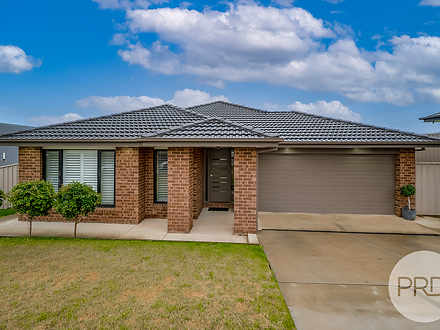 6 Darcy Drive, Boorooma 2650, NSW House Photo