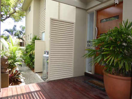 1/11 Cawthray Street, Biggera Waters 4216, QLD Townhouse Photo