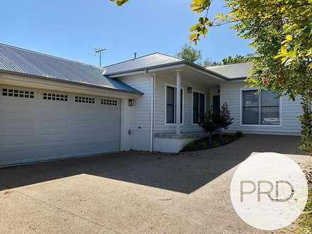 2/586 Schubach Street, East Albury 2640, NSW Townhouse Photo