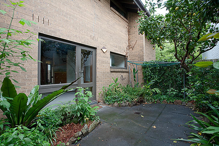 2/981-985 Rathdowne Street, Carlton North 3054, VIC Townhouse Photo