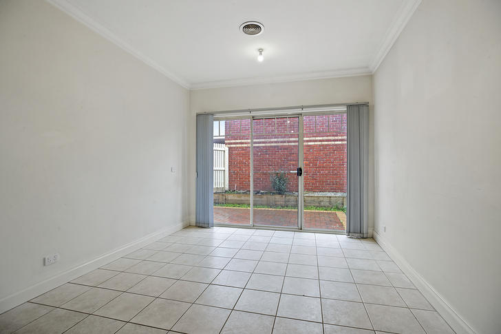 4/13 Yvette Drive, Rowville 3178, VIC House Photo