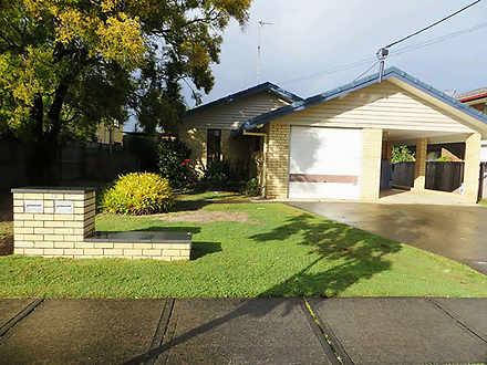 1/10 Errol Avenue, Paradise Point 4216, QLD Unit Photo