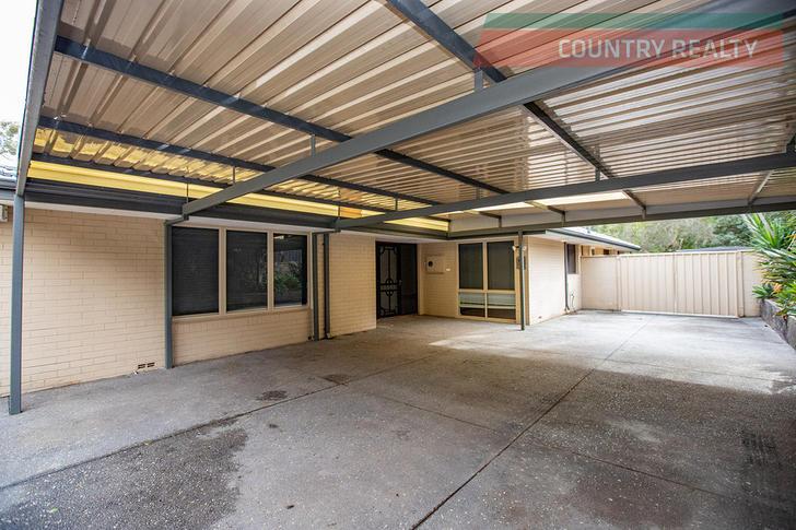 5 Leawood Crescent, Boya 6056, WA House Photo