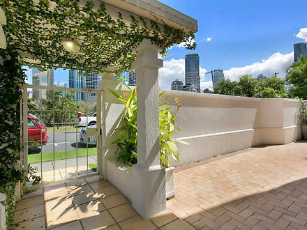 16 Bright Street, Kangaroo Point 4169, QLD Apartment Photo