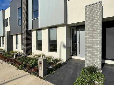 53 Murphy Street, Point Cook 3030, VIC Townhouse Photo