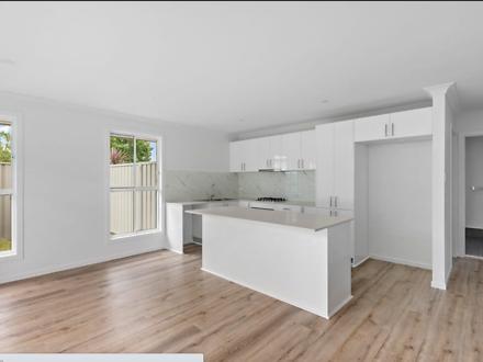 10B Seccombe  Street, Nowra 2541, NSW Duplex_semi Photo