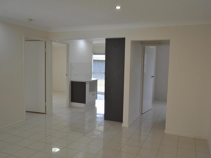 16 Glen Nevis Street, Mansfield 4122, QLD Unit Photo