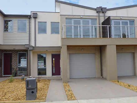 66 Rippleside Terrace, Tarneit 3029, VIC Townhouse Photo