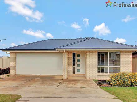 37 Cootamundra Boulevarde, Gobbagombalin 2650, NSW House Photo