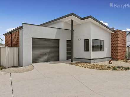 1/346A Midland Highway, Epsom 3551, VIC Townhouse Photo