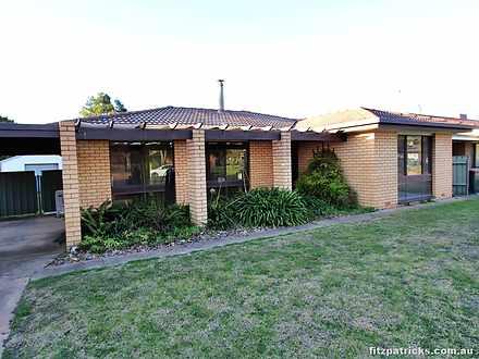 21 Undurra Drive, Glenfield Park 2650, NSW House Photo