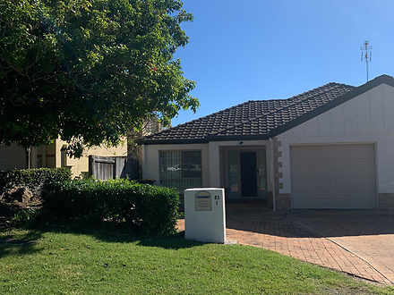 1/83 Kincaid Drive, Highland Park 4211, QLD Duplex_semi Photo