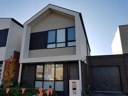 35 Oakden Crescent, St Albans 3021, VIC Townhouse Photo