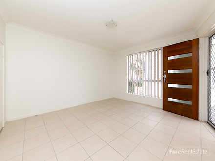 2/54 Hill Crescent, Carina Heights 4152, QLD Townhouse Photo