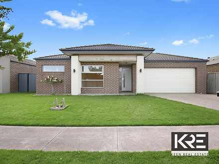 4 Lilydale Avenue, Clyde North 3978, VIC House Photo