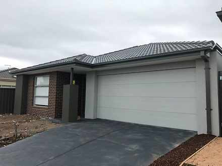3 Colonial Way, Melton West 3337, VIC House Photo