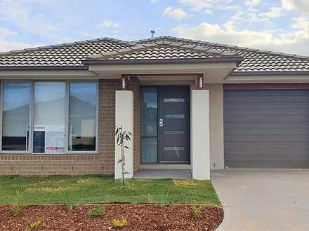 22 Stonefly Circuit, Weir Views 3338, VIC House Photo