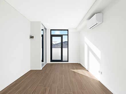 9 Stuart Street, Concord West 2138, NSW Studio Photo