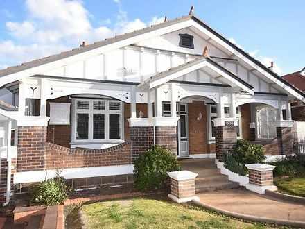 Orange 2800, NSW House Photo