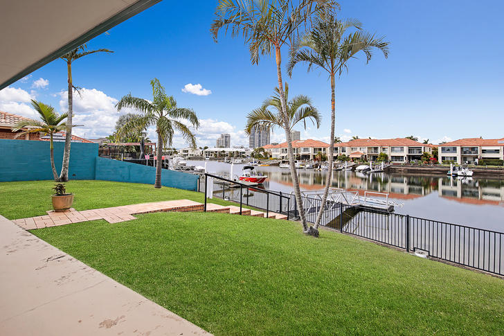 5 Chesterfield Place, Runaway Bay 4216, QLD House Photo