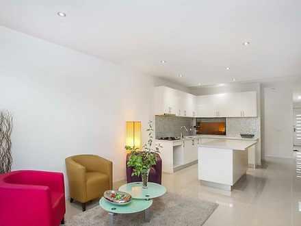 216B Ballarat  Road, Footscray 3011, VIC Townhouse Photo