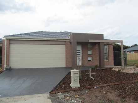 4 Cottonfield Way, Brookfield 3338, VIC House Photo