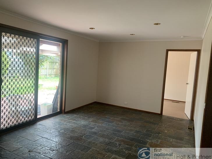 18 Kennington Park Drive, Endeavour Hills 3802, VIC House Photo