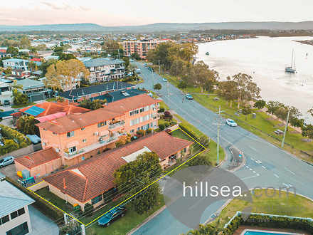 2/36 Killowill Avenue, Paradise Point 4216, QLD Duplex_semi Photo