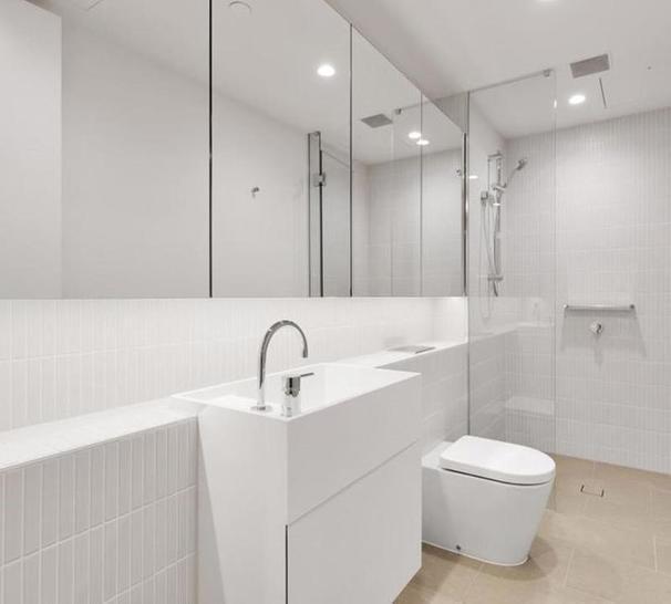 2215/70 Southbank Boulevard, Southbank 3006, VIC Apartment Photo
