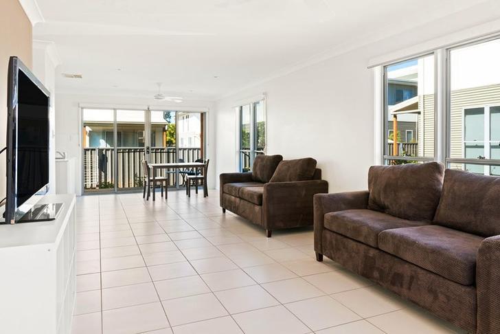 10/29-31 Daisy Street, Miles 4415, QLD Townhouse Photo