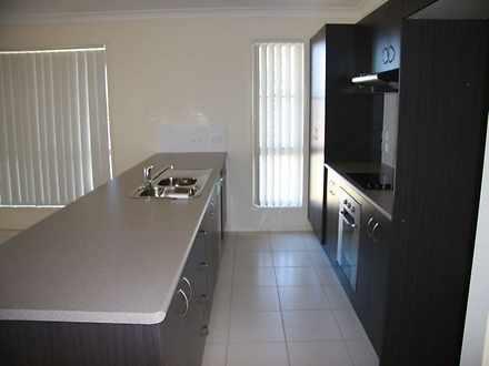 E80da1e5fbee1c6bb769a7ed kitchen 2 7282 5948976f75417 1629856215 thumbnail