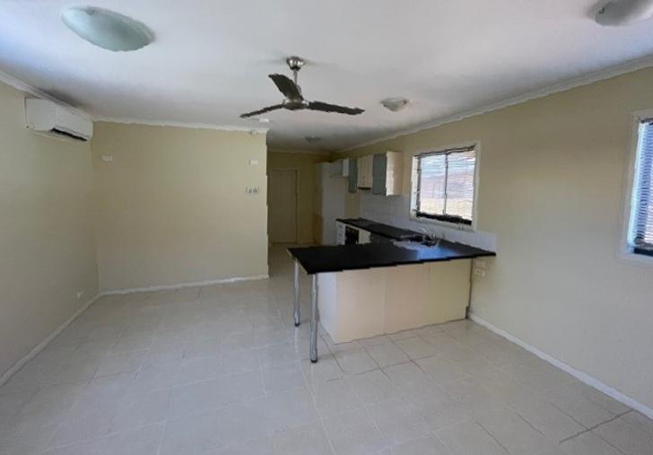 1B Turro Place, Newman 6753, WA Duplex_semi Photo