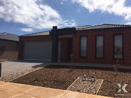 4 Lores Drive, Brookfield 3338, VIC House Photo