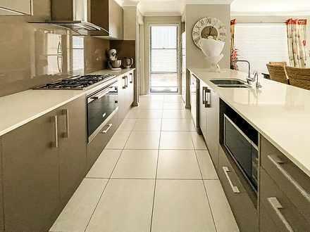9 Elizabeth Circuit, Flinders 2529, NSW House Photo