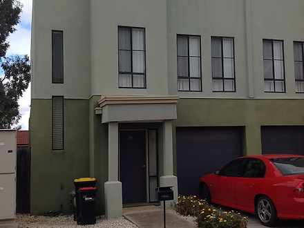 42/62 Andrew Street, Melton South 3338, VIC Townhouse Photo