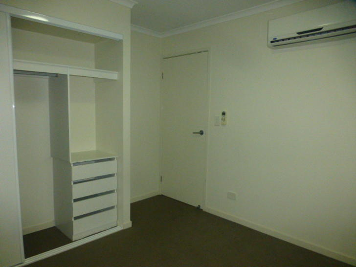 8/50 Shannon Crescent, Dysart 4745, QLD Townhouse Photo