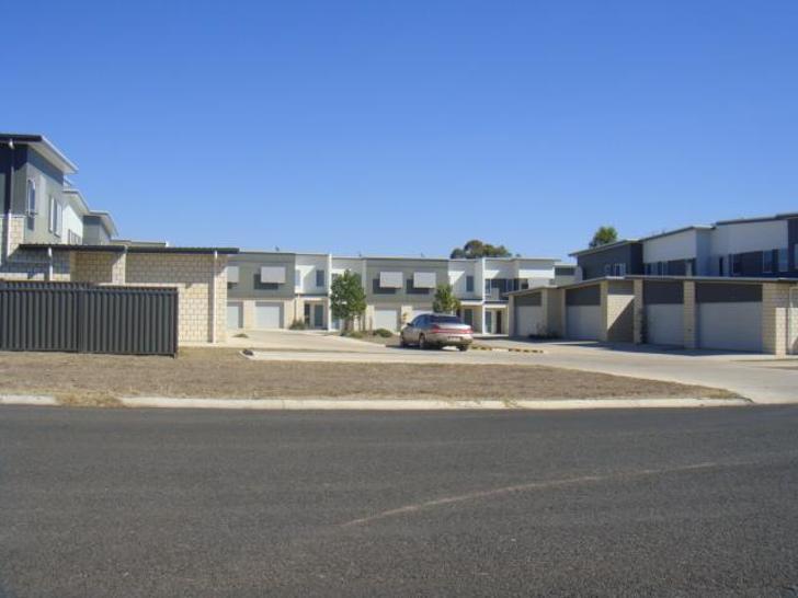 3/3 Willacy Street, Wandoan 4419, QLD Townhouse Photo