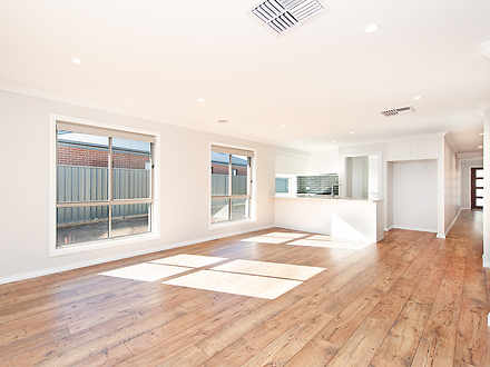 60 Mclaren Boulevard, Thurgoona 2640, NSW House Photo