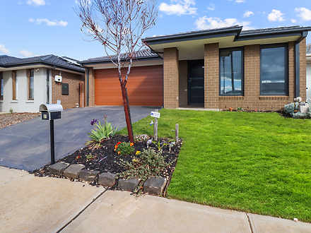 31 Toolern Waters Drive, Melton South 3338, VIC House Photo
