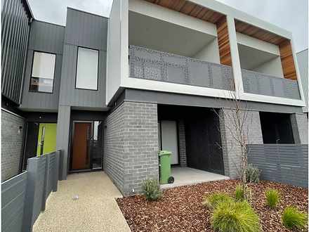 24 Totem Way, Point Cook 3030, VIC Townhouse Photo