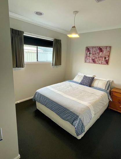 20 Widdis Way, Gisborne 3437, VIC House Photo
