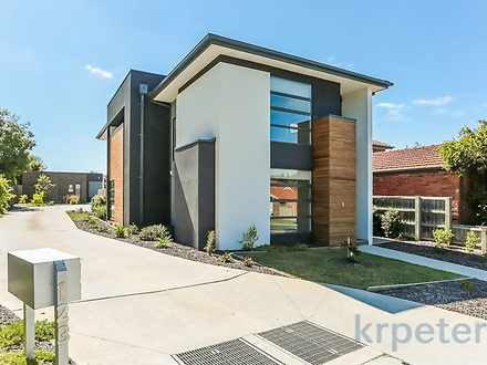 1/123 Cathies Lane, Wantirna South 3152, VIC Townhouse Photo