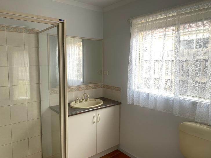 32 Raffindale Crescent, Cranbourne West 3977, VIC House Photo