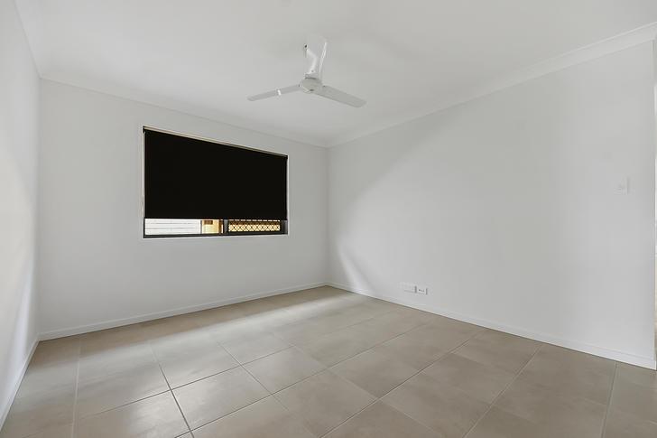 1 Heseltine Place, Pallara 4110, QLD House Photo