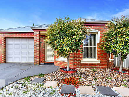 4 Willoughby Avenue, Caroline Springs 3023, VIC House Photo