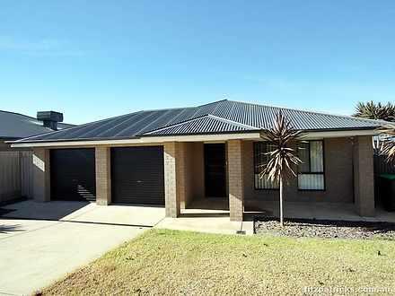 12 Bindari Avenue, Glenfield Park 2650, NSW House Photo