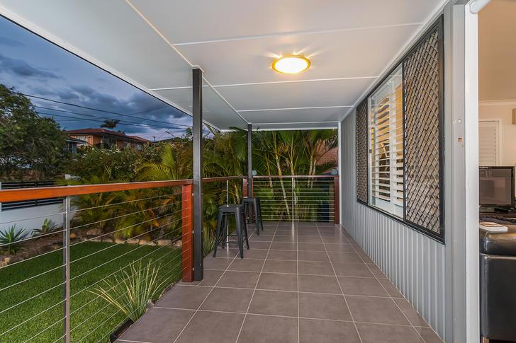 10 Menkira Street, Mansfield 4122, QLD House Photo