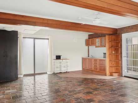 4A Gannet Close, Berkeley Vale 2261, NSW Studio Photo