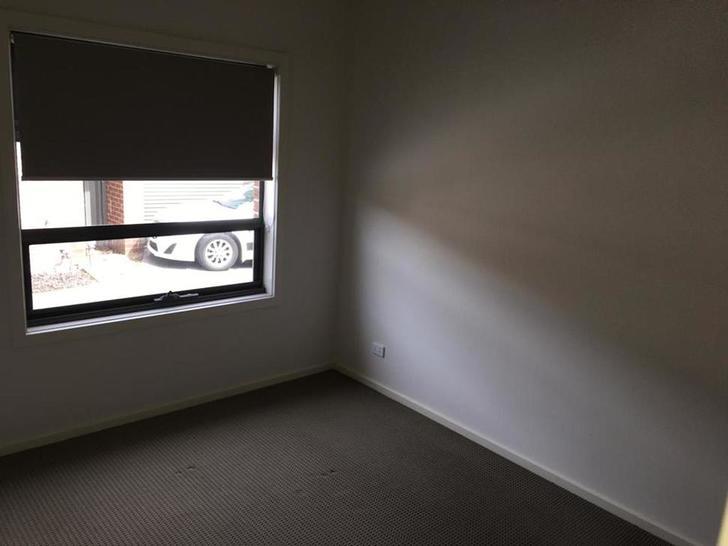 2/108 Maserati Drive, Epping 3076, VIC Townhouse Photo